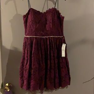 Teens wine colored strapless dress
